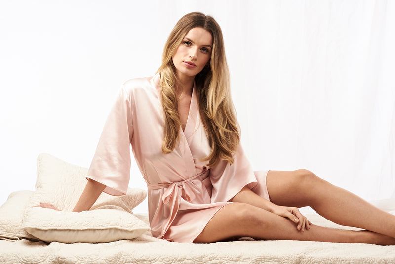 Pink silk robe in 100% silk satin for your lingerie and lounge wear collection