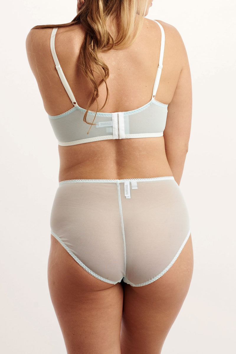 Retro underwear set in light blue and white mesh for wedding night