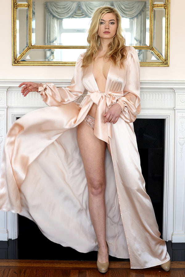 Vintage-inspired peach robe, handmade of pure silk satin with bows