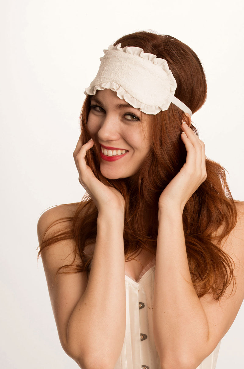 Luxury silk sleep mask with white lace in 100% pure silk