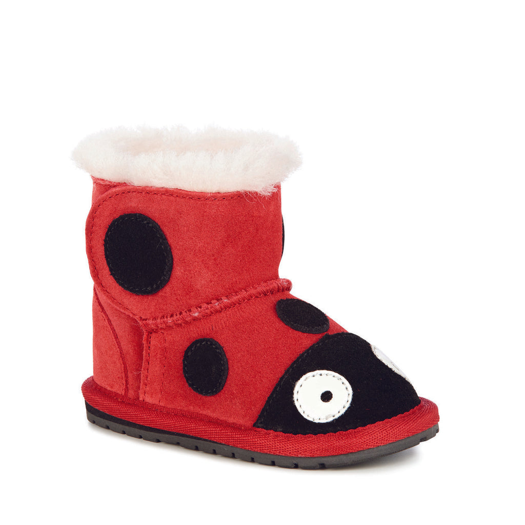 emu-ladybird boots-baby at the bank