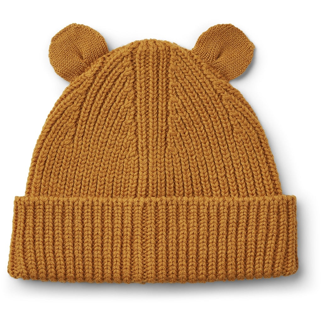 liewood-mustard beanie-baby at the bank