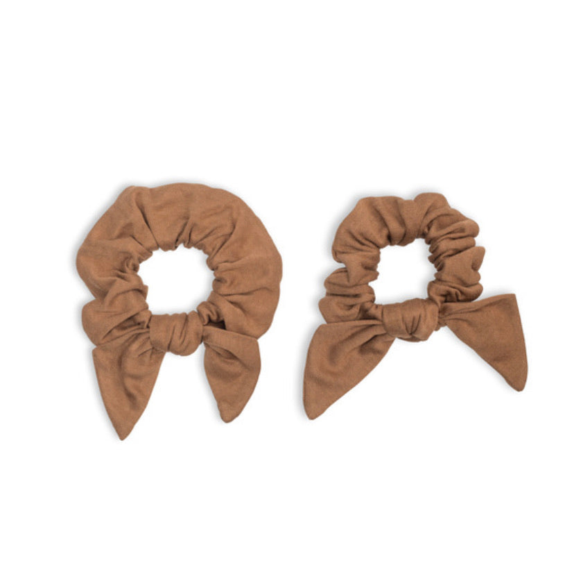 Lulujo - Mommy & Me Scrunchies Tan