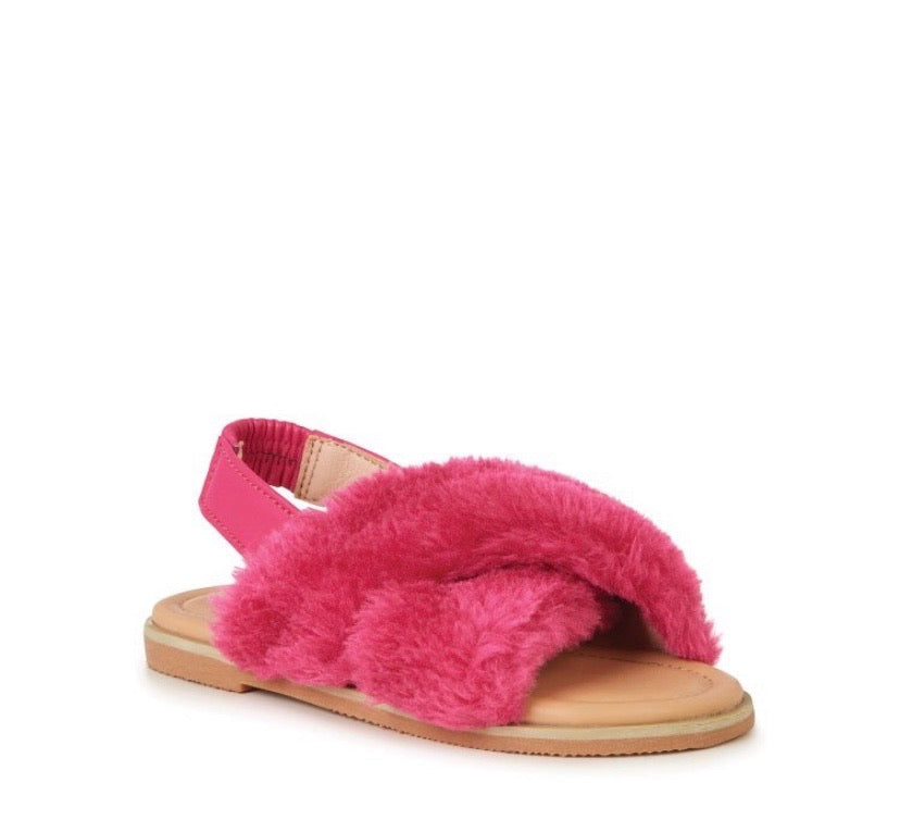 emu-jessie fuschia sandal-baby at the bank