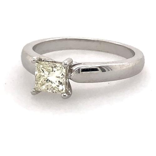 18Ct White Gold Princess Cut Diamond
