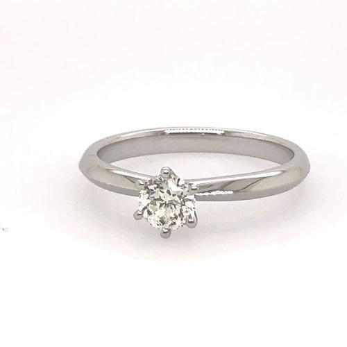 18Ct White Gold 6 Claw Classic Solitaire