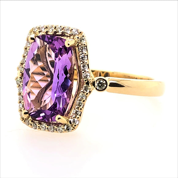 9ct Yellow Gold 11x7 Amethyst and Diamonds