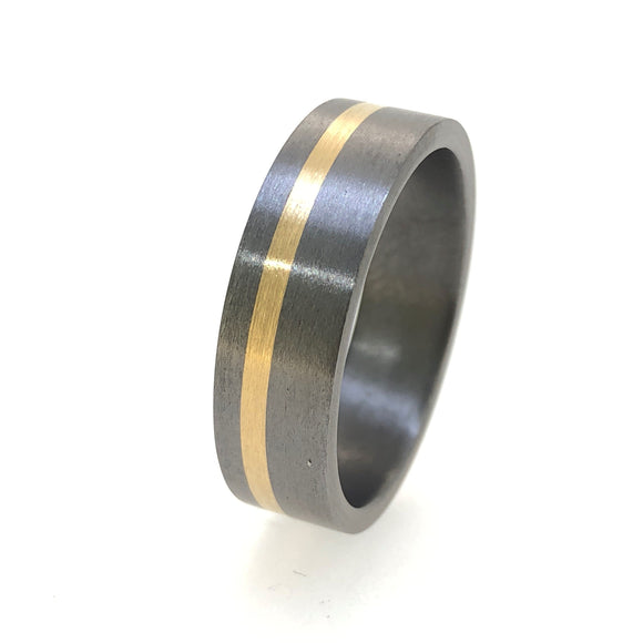 18Ct Gold And Tantalum