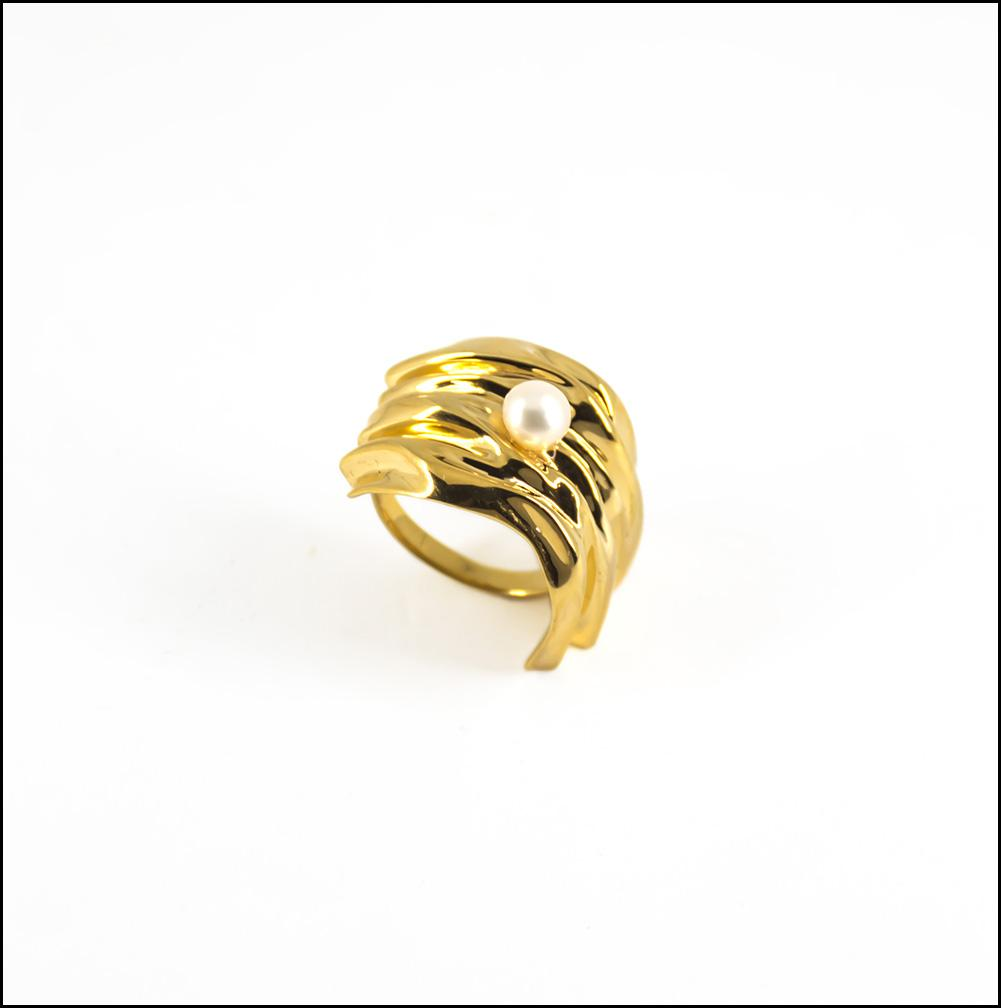 Cambré Ring in 18K Gold - Spear and Stone