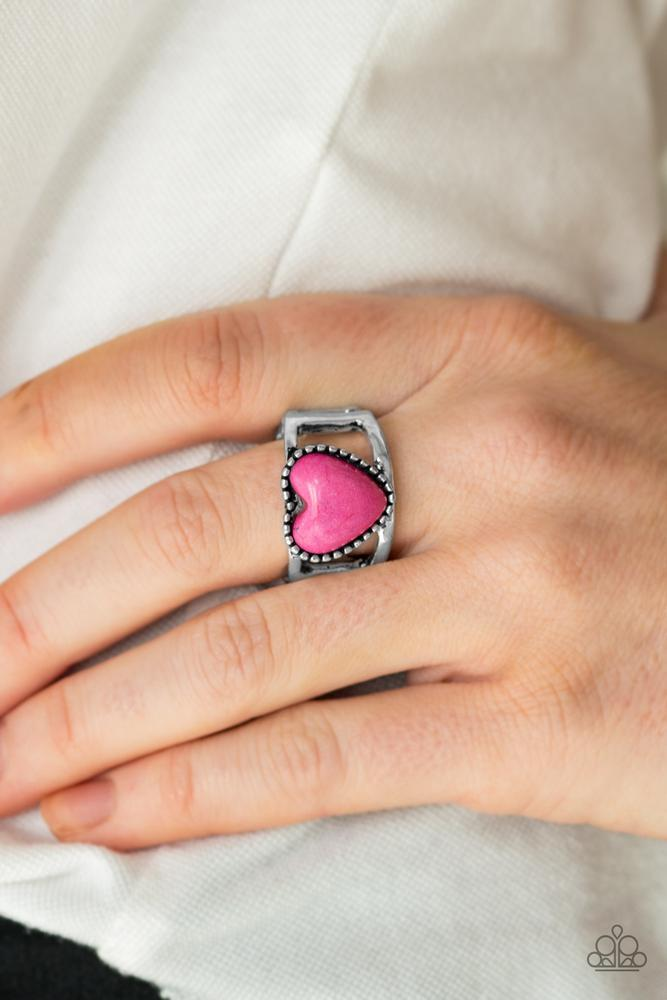 Paparazzi silver Ring with pink