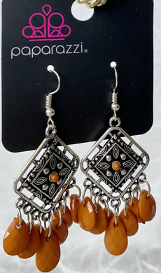 Paparazzi Earrings in silver with Orange