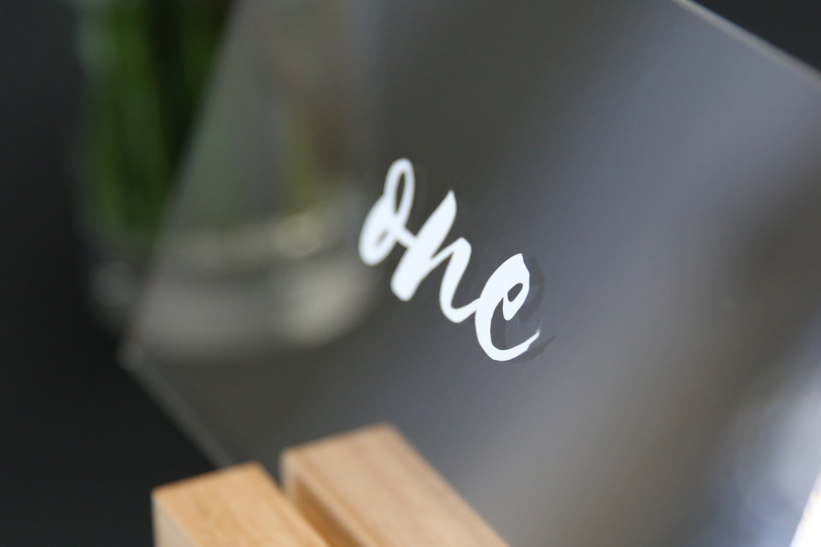 Acrylic Wedding Table Numbers with Wood Stand - Calligraphy style