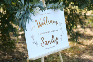 Boho wedding style, welcome sign, rose gold and white