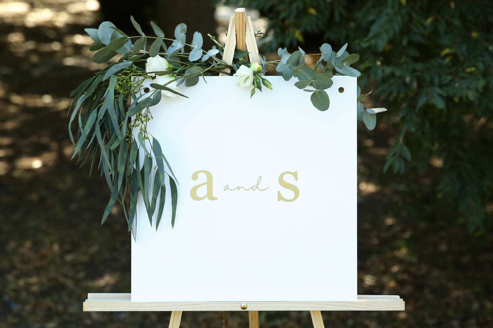 Classic monogram wedding sign - choose your colour