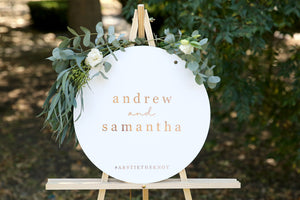 Timeless wedding style, names wedding sign on easel
