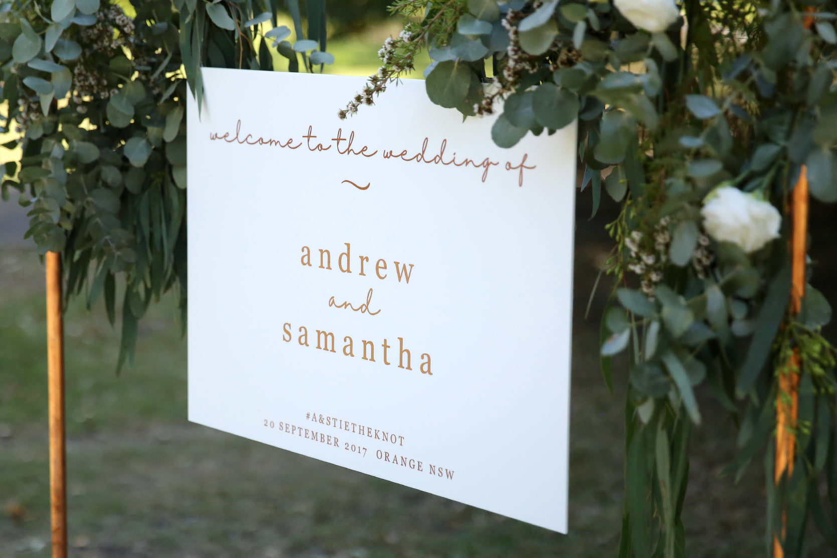 Custom welcome wedding sign, rose gold and white