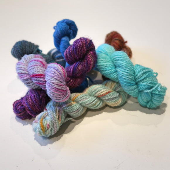 Mini skein mystery - 10 grams Norwegian wool
