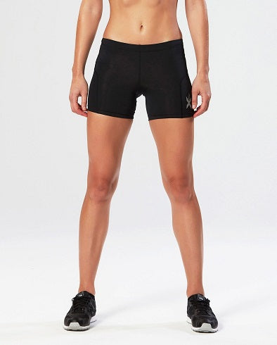 2XU Girls Compression 1/2 Shorts - 2 Colours