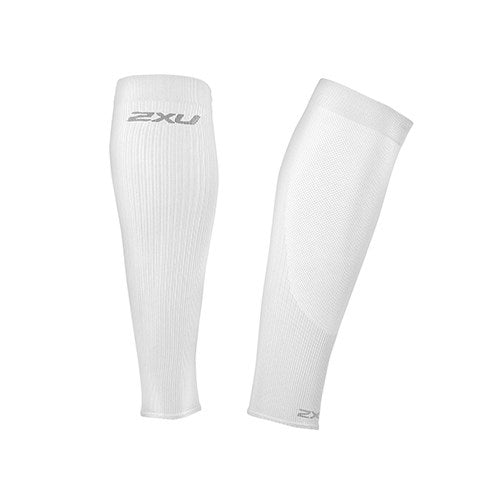 2XU Performance Run Calf Sleeves white