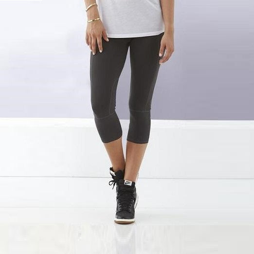 Bayse Womens Cropped Compression Tights