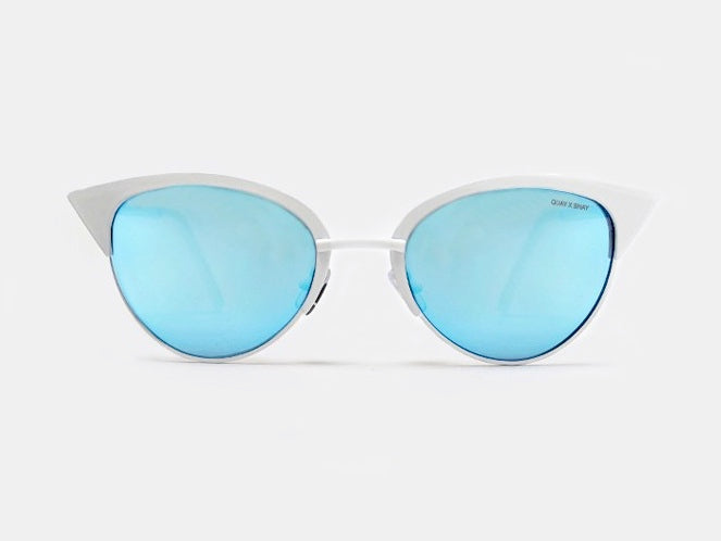 Quay Tilly Sunglasses - White