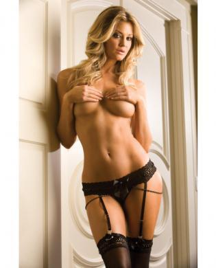 Charming thong and stockings black o-s