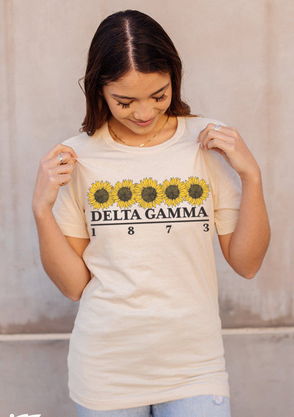 Sunflower Tee - Hannah's Closet - The Official Boutique for Delta Gamma