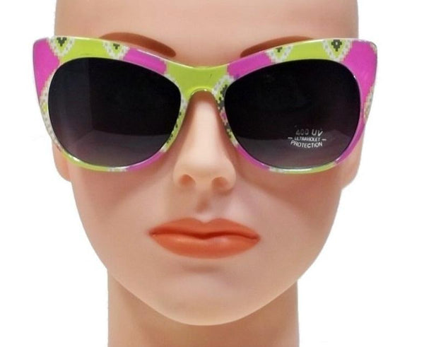 Vintage cat eye style sunglasses-Pink/Green or Blue/Pink