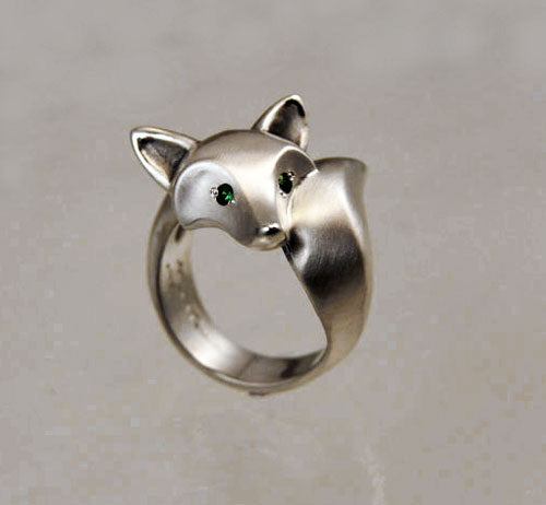 Fox Ring in Sterling Silver with Gemstone Eyes