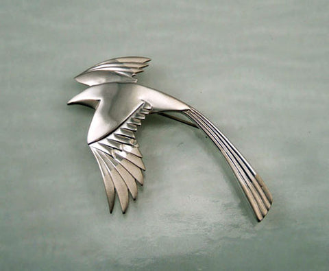 Magpie Pin in Sterling Silver
