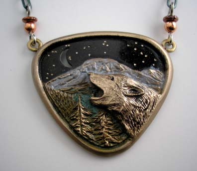 Wolf Howling at Moon Necklace in Bronze