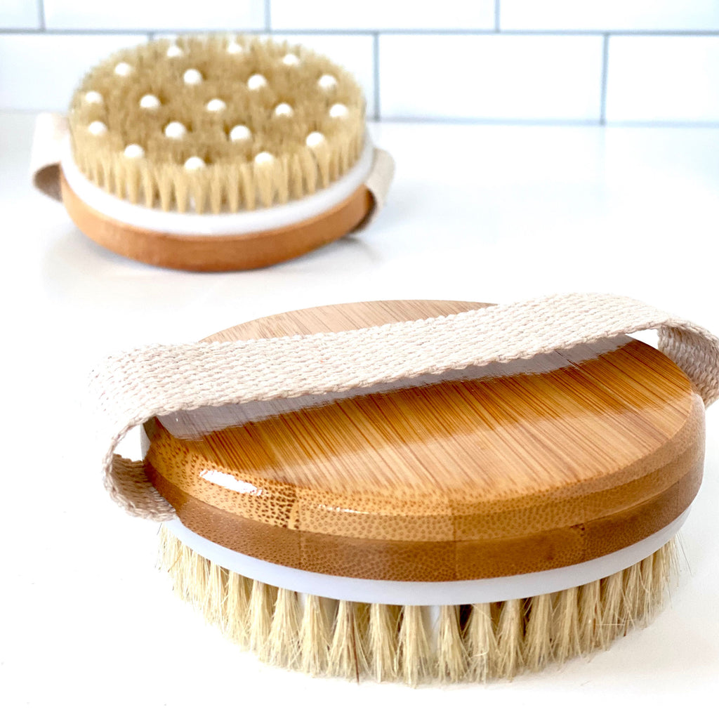 rengora close-up of bamboo brush with boar bristles for massaging and dry brushing