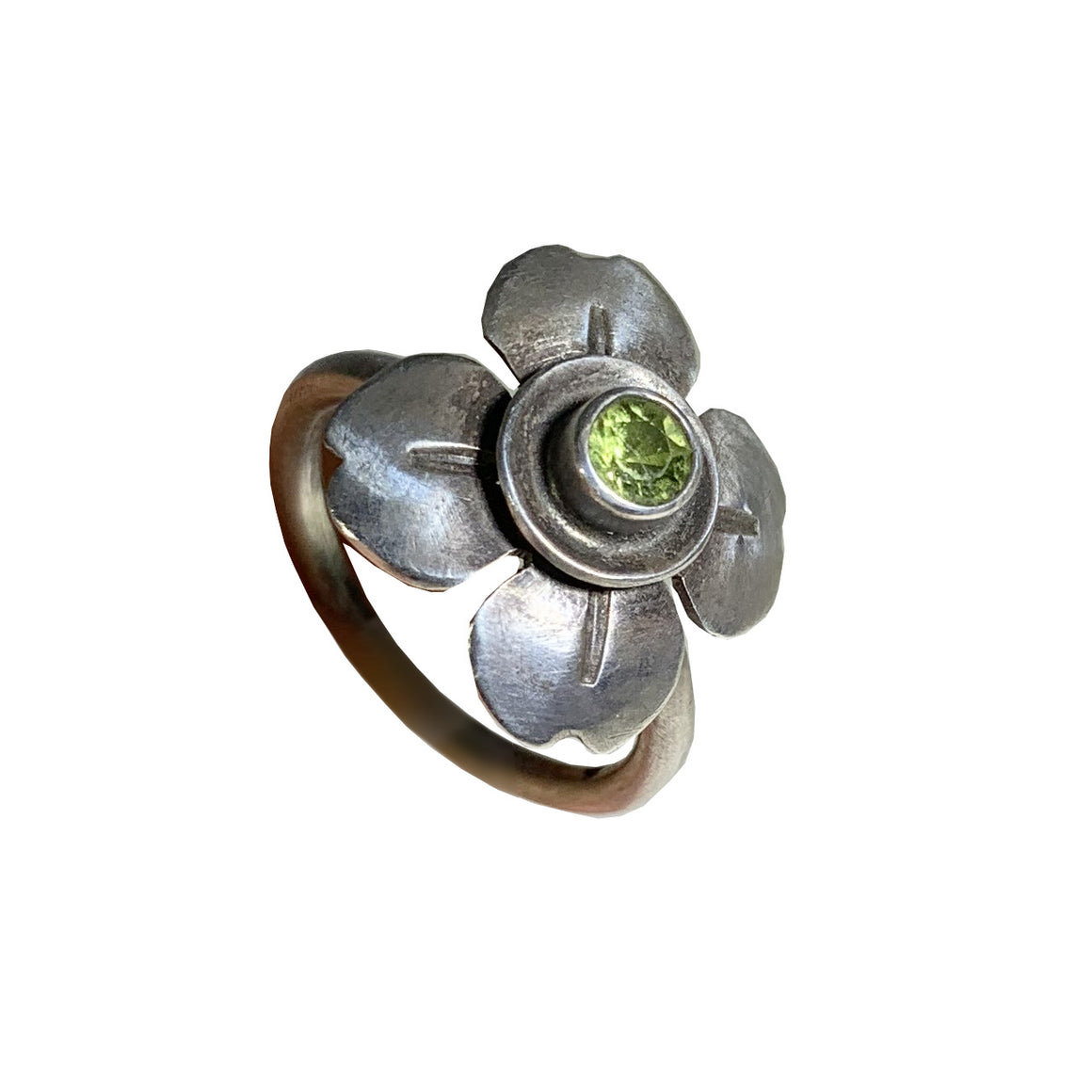 Sterling Flower With Bezel Faceted Peridot