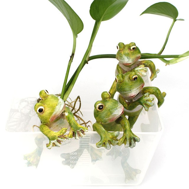 4 PCs Creative Resin 3D Crafts Frog Figurines