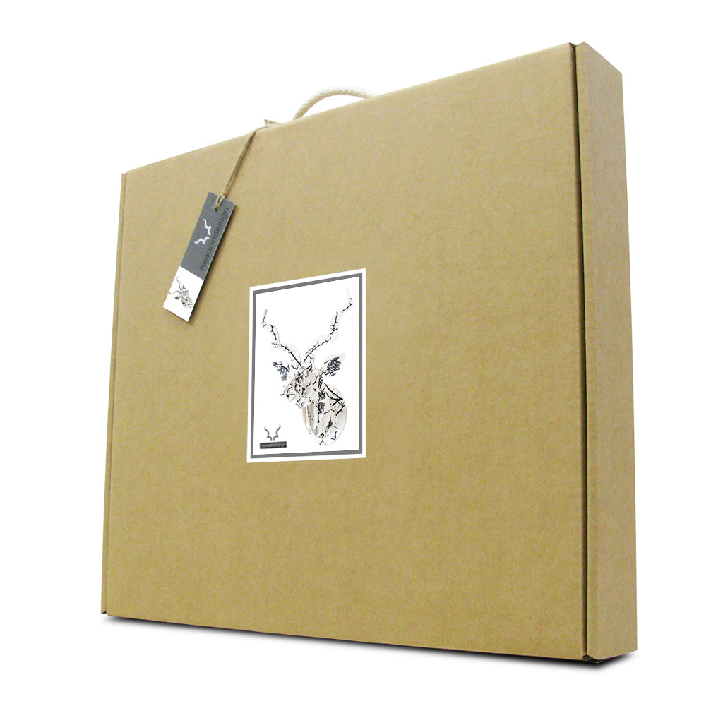 Head On Design Camel Thorn print kudu head flat-packed