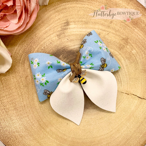 Bee-U-tiful Party Pinch Hair Bow, Bee Hair Bow - Flutterbye Bowtique