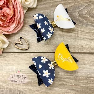 Daisy Fluff and Personalised Hair Bow Set