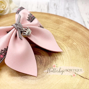 Princess Crown Party Pinch Hair Bow, Mini Queen - Flutterbye Bowtique
