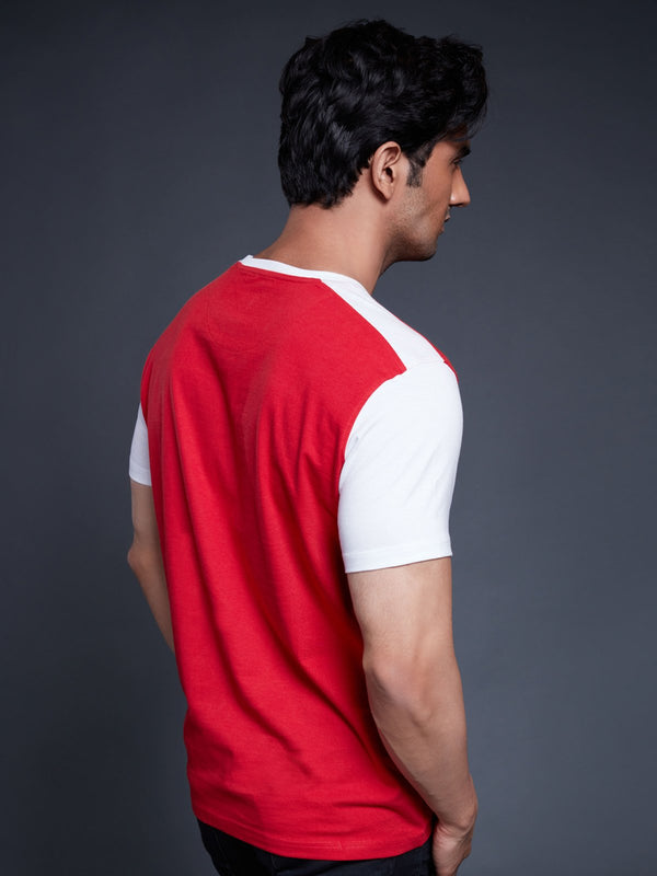 Arsenal T-Shirt with Contrast Colour Sleeve