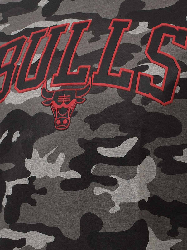 Chicago Bulls Camo Print T-Shirt