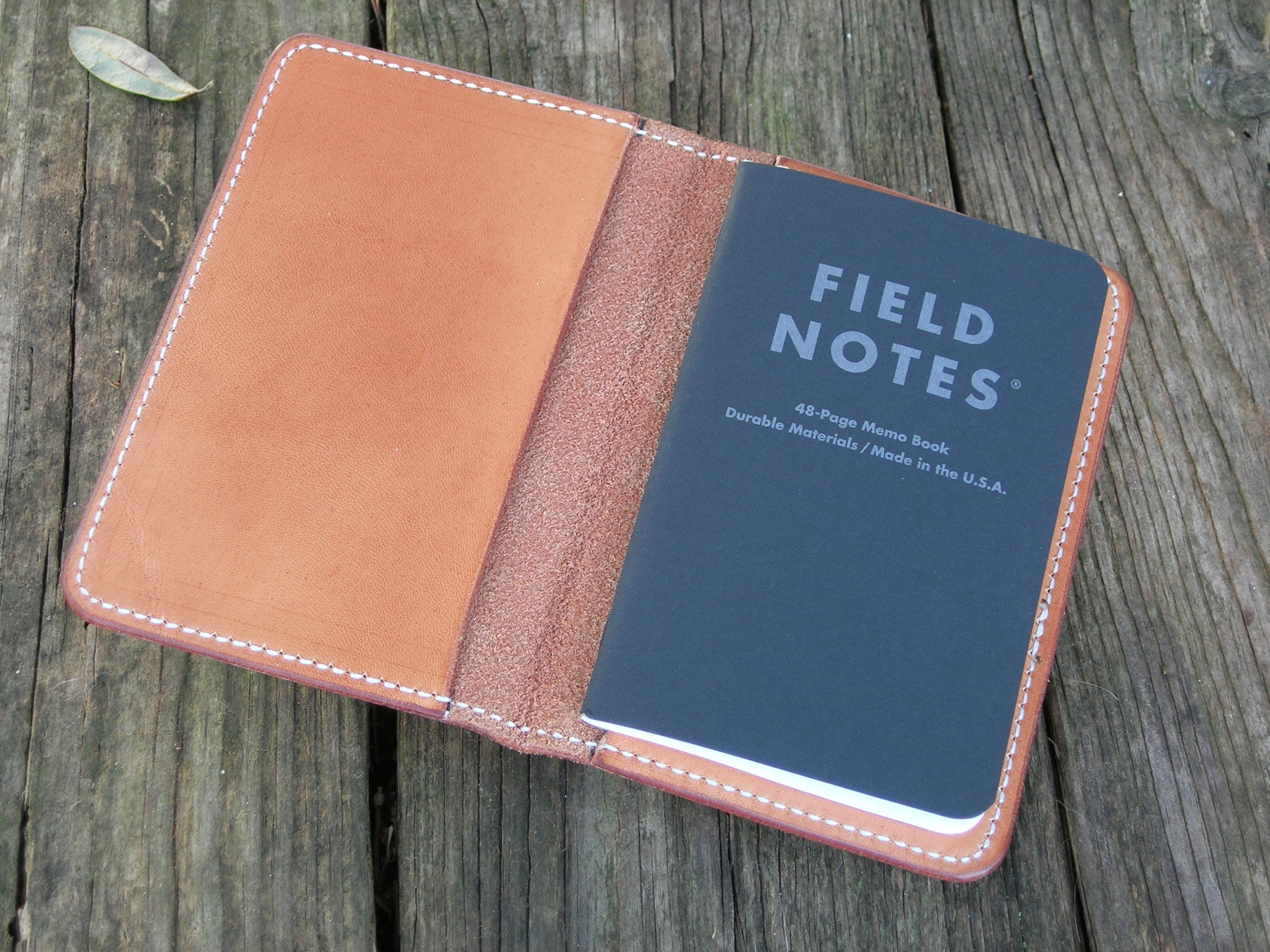 Gibson Natural Hermann Oak Leather Field Notes Cover