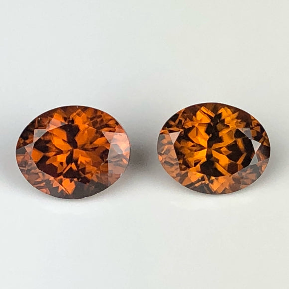 10.59 cts matched zircon pair