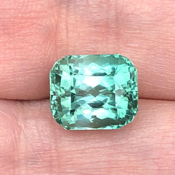 7.47 cts mint green tourmaline
