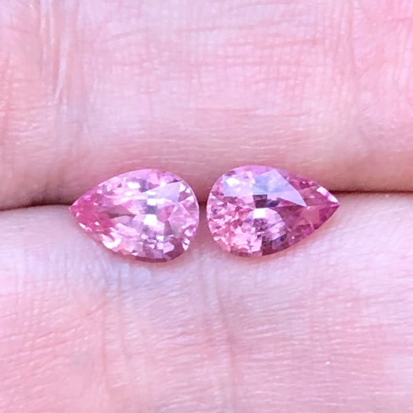 3.10 cts total weight Tajik spinel matched pair