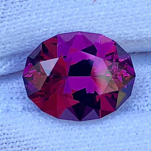 4.95 color shifting rhodolite garnet