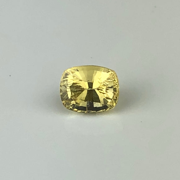1.07 cts yellow sapphire