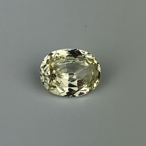 .96 cts yellow sapphire