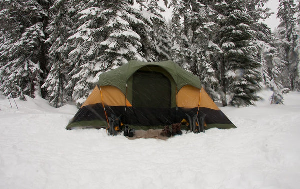 tent on the snowy ground