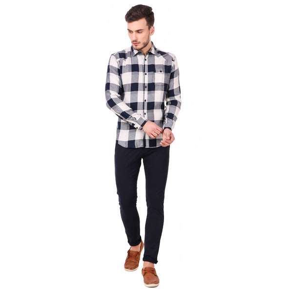 Pistole Broad Blue and White Checked Casual Slim Fit Shirt