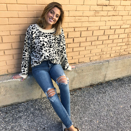 SLOUCHY SNOW LEOPARD SWEATER